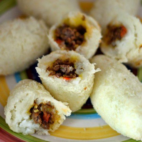 Carimañolas (Stuffed Cassava)